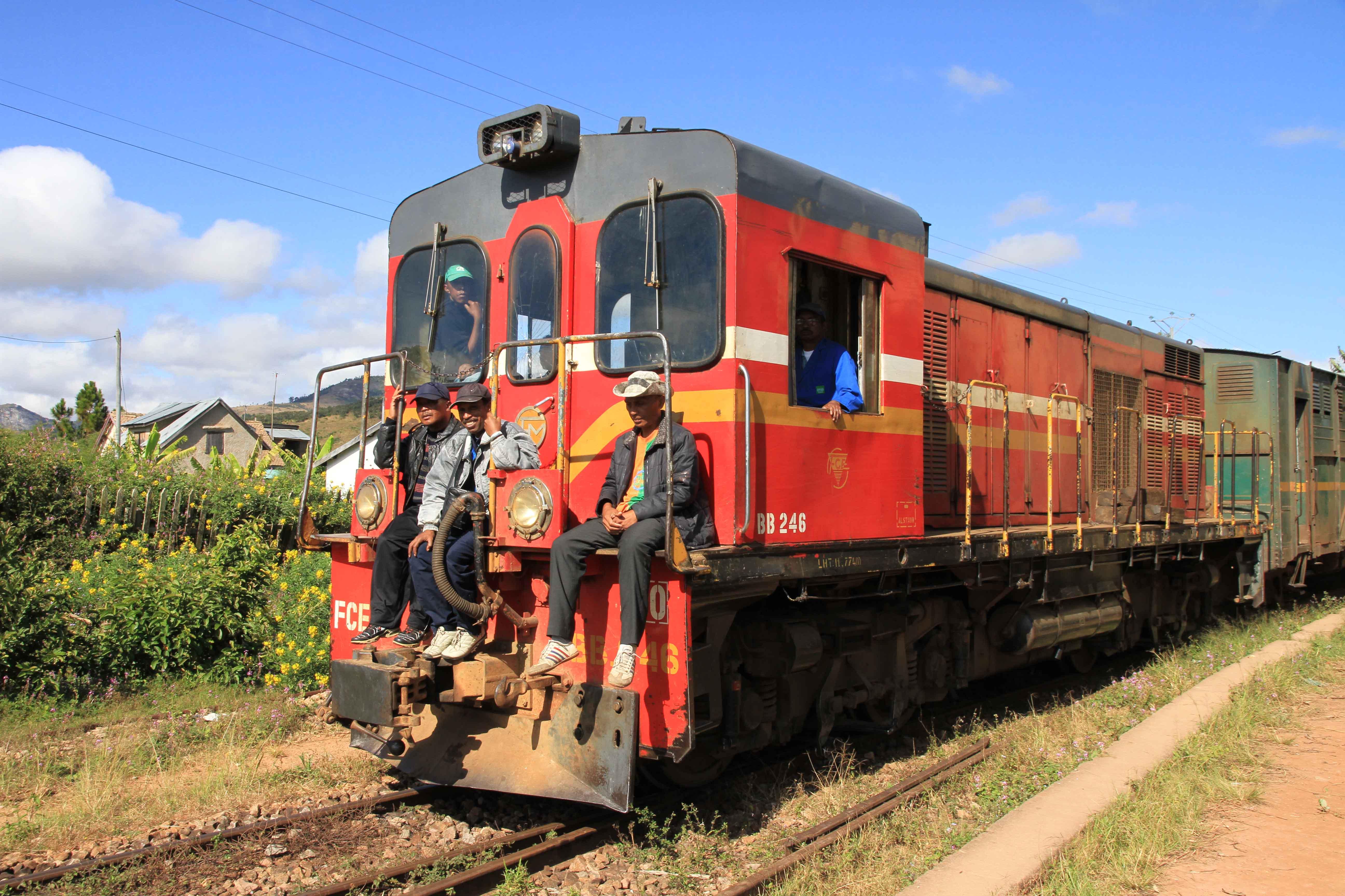 FCE Zug von Fianarantsoa nach Manakara Madagaskar
